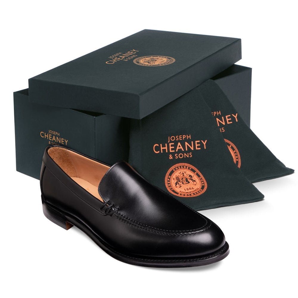 cheaney wilbur apron loafer in black calf leather p1036 7141 image