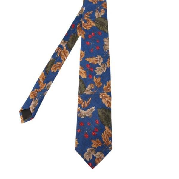Amanda Christensen tie leaves blue main