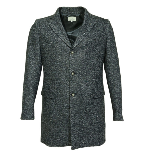 Thomas Maine Coat front