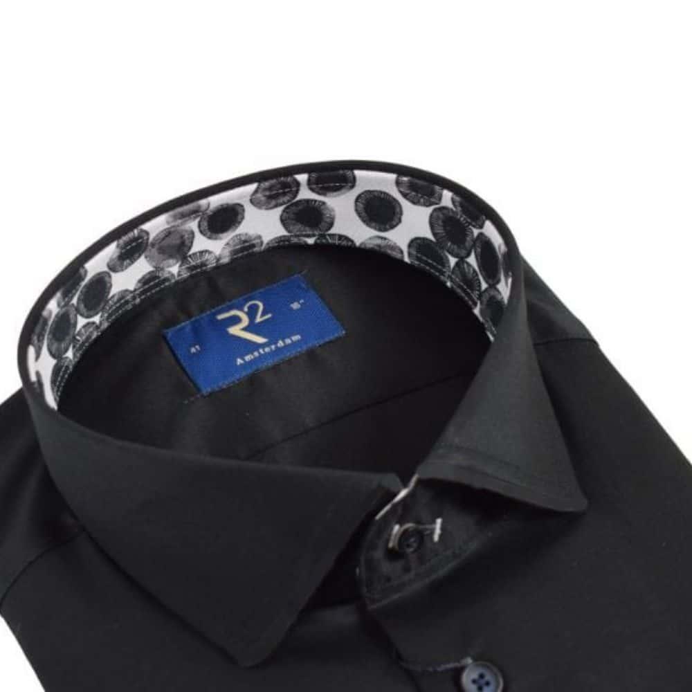 r2 black shirt with amoeba pattern collar collar