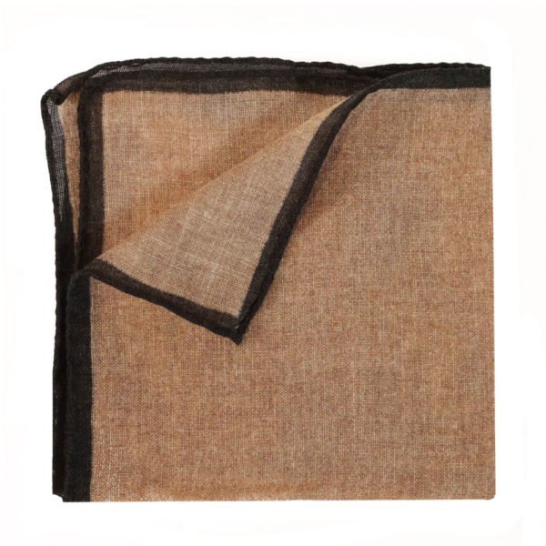 Amanda Christensen pocket square creme linen 2