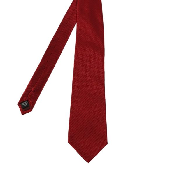 Warwicks solid texture tie burgundy main