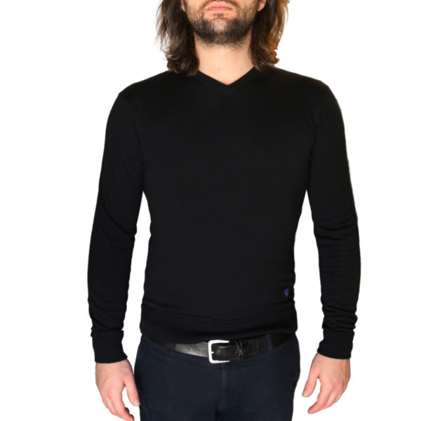 Armani jeans v neck jumper1