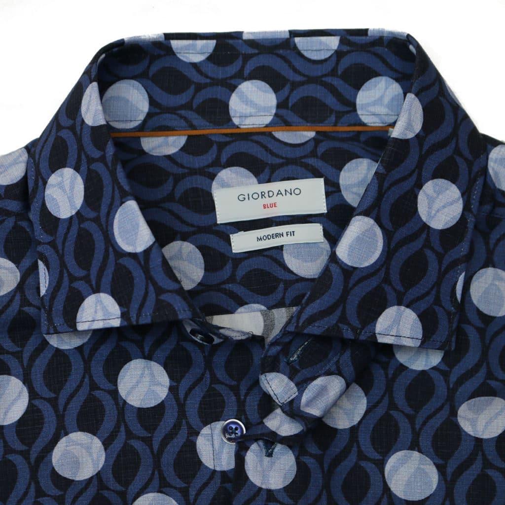 Giordano shirt navy white circle collar