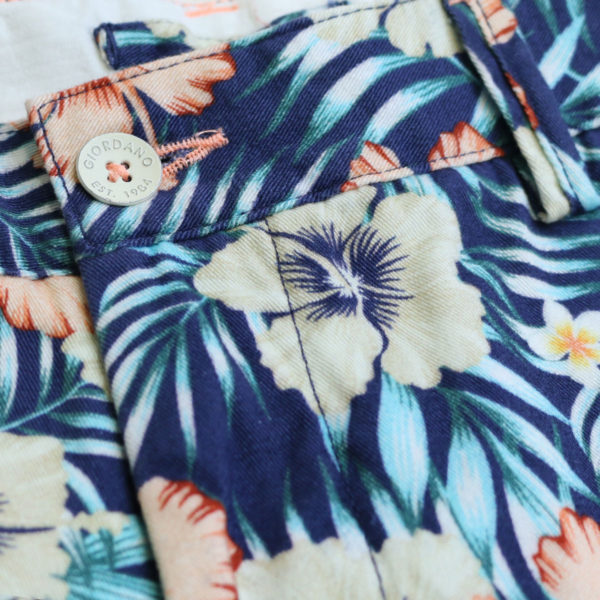 Giordano tropical shorts navy front detail