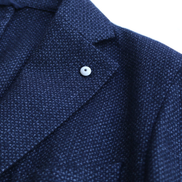 LBM jacket navy collar detail