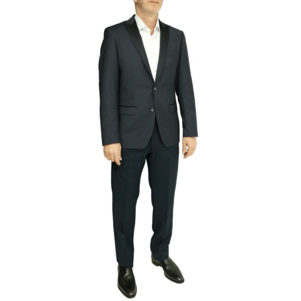 Roy Robson stretch front full body side