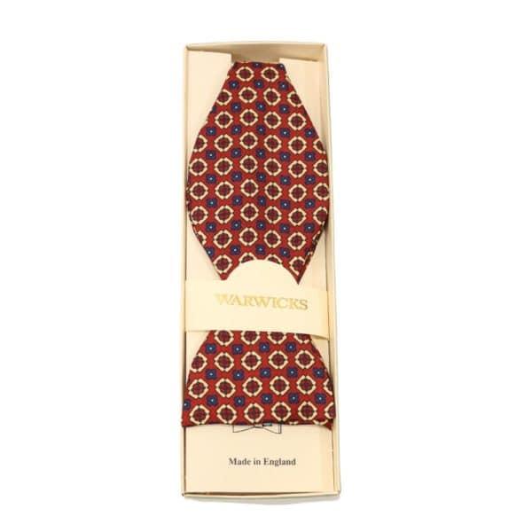 Warwicks bowtie flower pattern
