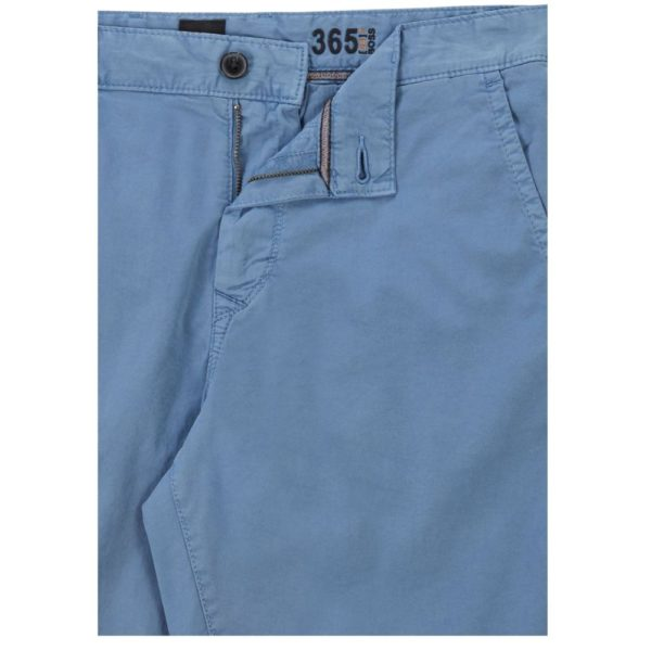 BOSS Tapered fit shorts in garment dyed stretch cotton twill in Blue pocket