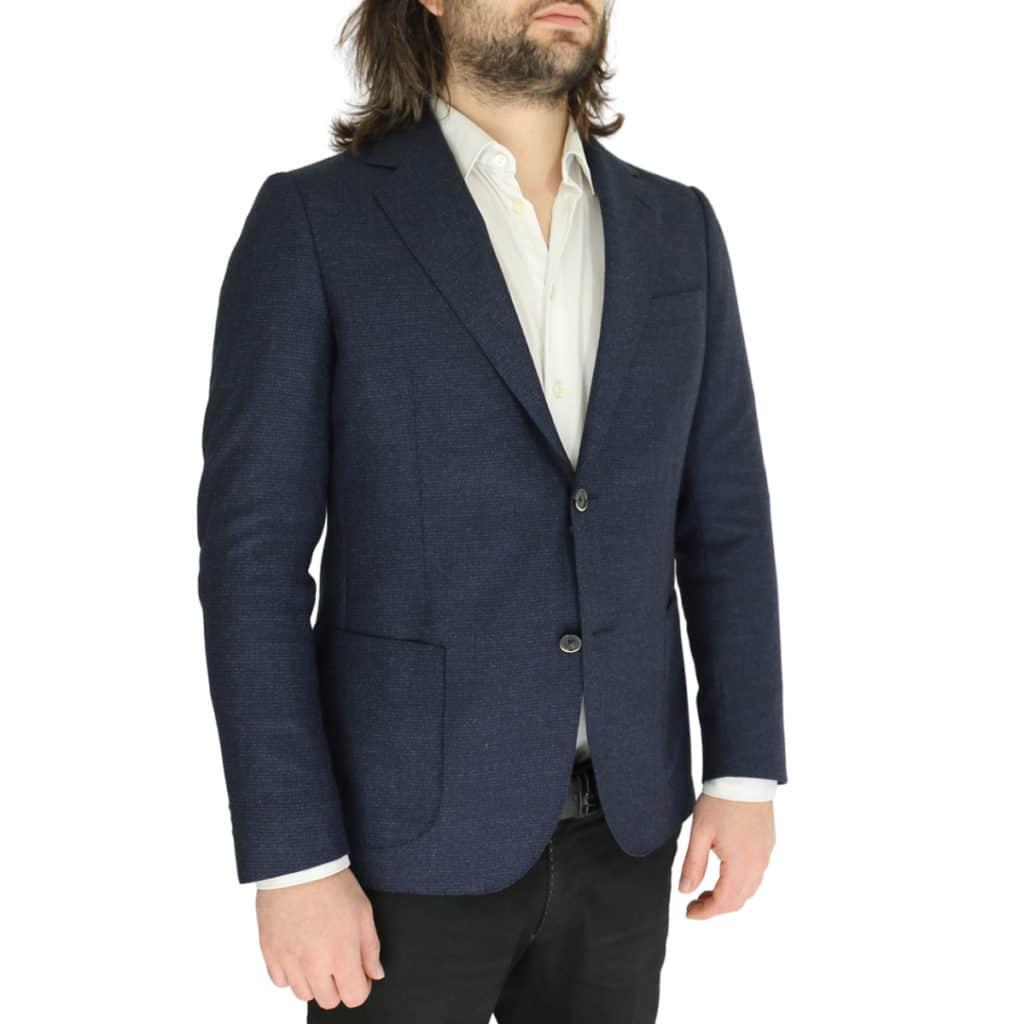 Eduard Dressler navy jacket side